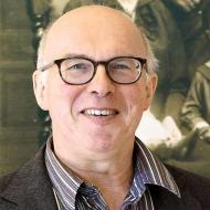 Dr. Andreas Mäckler